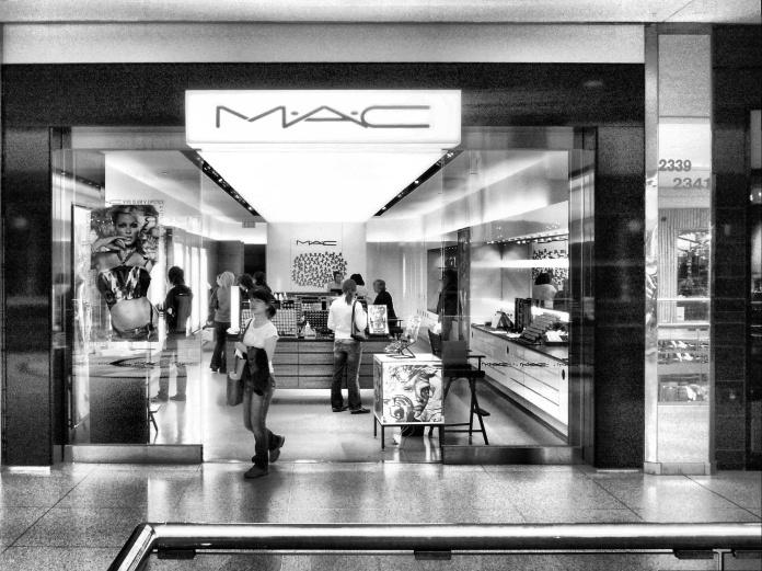 MAC_makeup