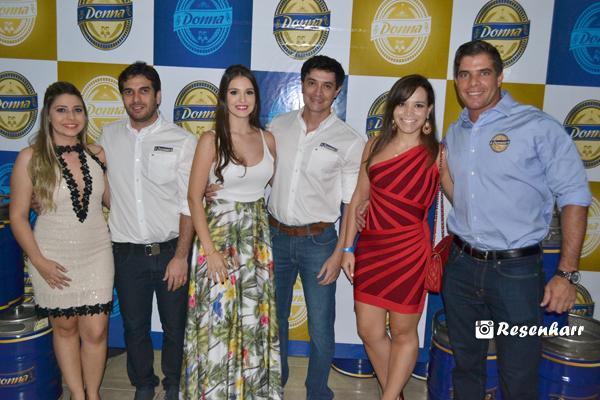 No lançamento com os meus queridos Juliete e João Paulo Padilha; Rafaela Ross (cunhada) e José Haroldo (meu irmão). Foto by ResenhaRR